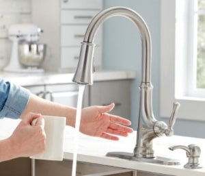 10 Best Touchless Kitchen Faucet Reviews January 2021