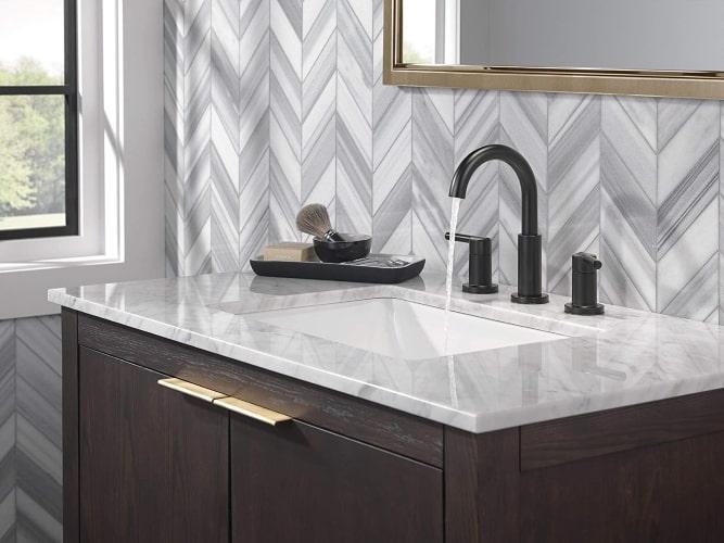 black widespread bathroom faucet review